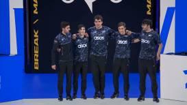 Fnatic vecht tevergeefs en verlaat Worlds 2021, RNG en HLE naar kwartfinales